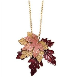 🍁 MAPLE LEAF FALL NECKLACE!